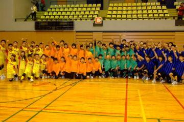 富山県代表チームで記念撮影