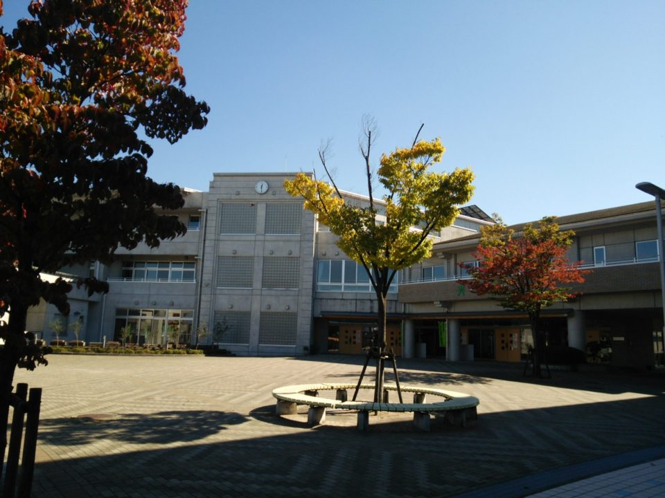 光陽小学校